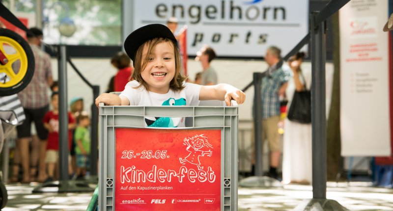 Rollenrutsche Kinderfest (Bild: Andreas Henn)
