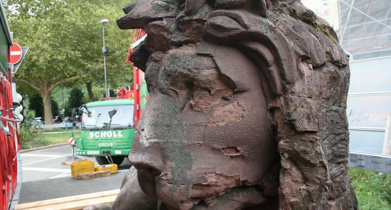 Karlstor Heidelberg - Löwen gehen auf Reisen