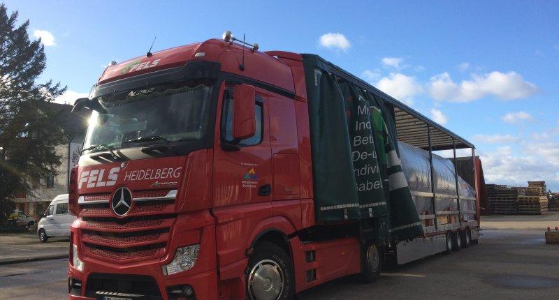 LKW mit Heizung für Maschinentransport